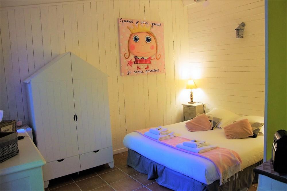 Chambre d'hôtes à Carcassonne : la chambre Meringue